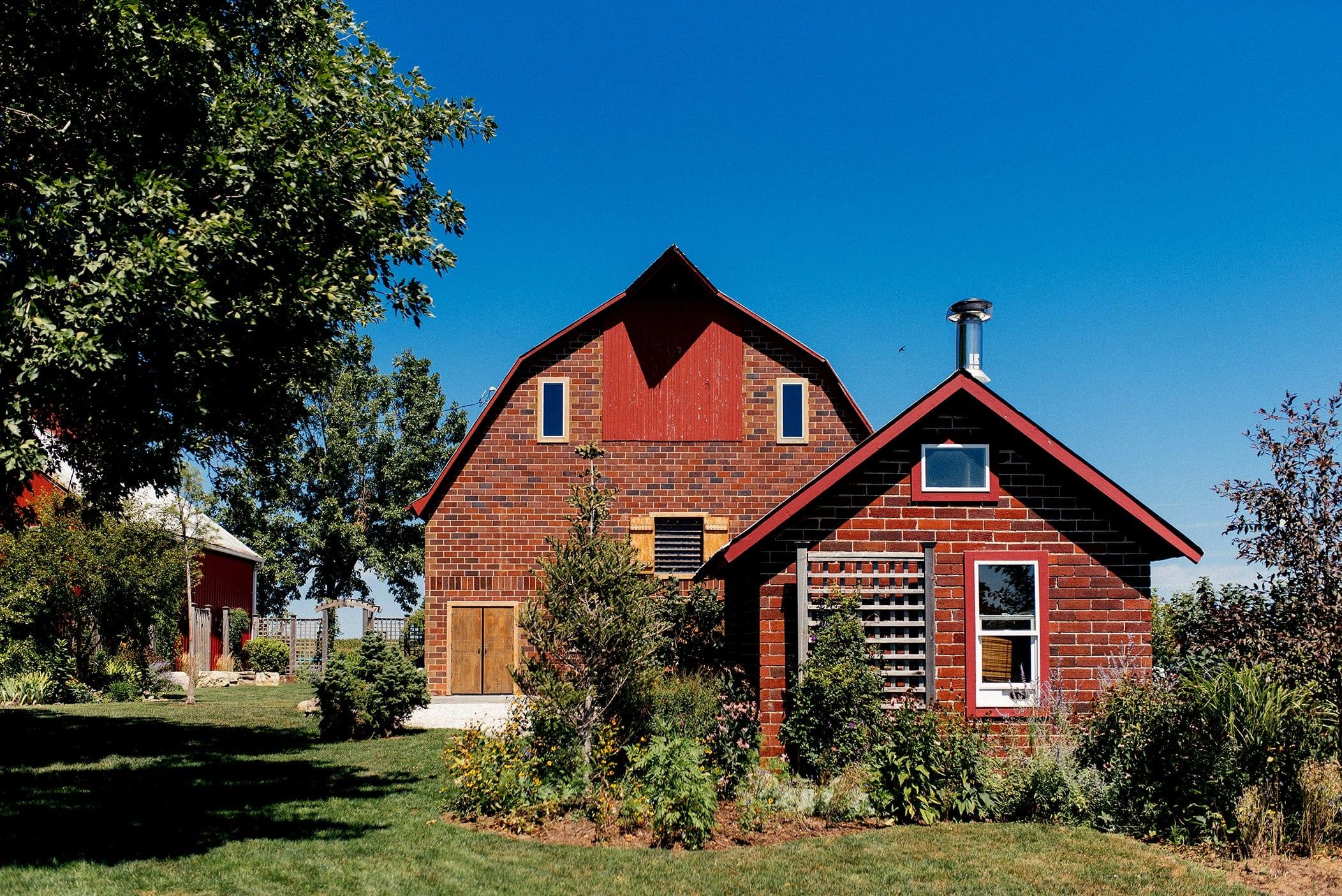 barn wedding venues in iowa