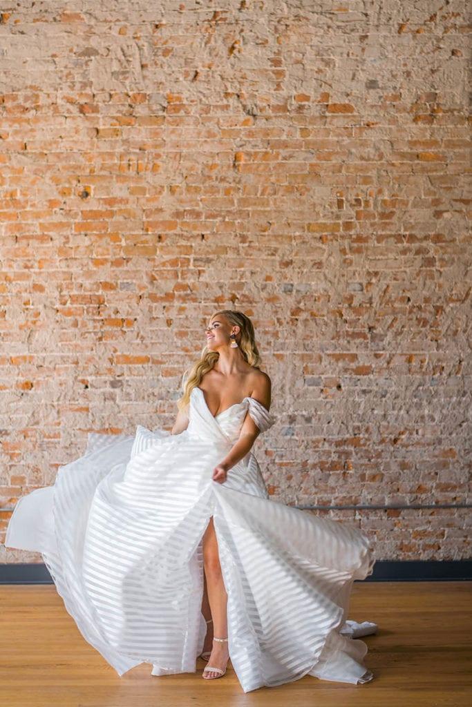 Des Moines wedding dress shops