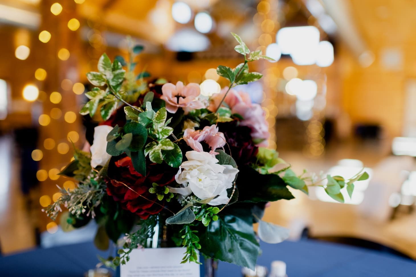 wedding florals at country lane lodge