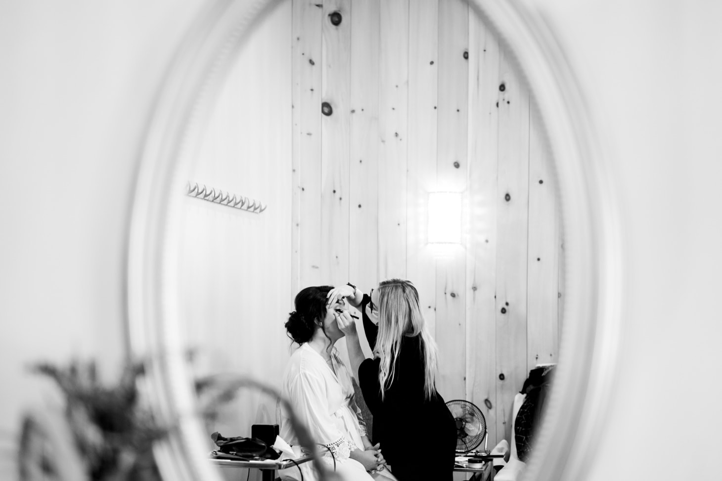 bride getting ready at country lane lodge adel iowa