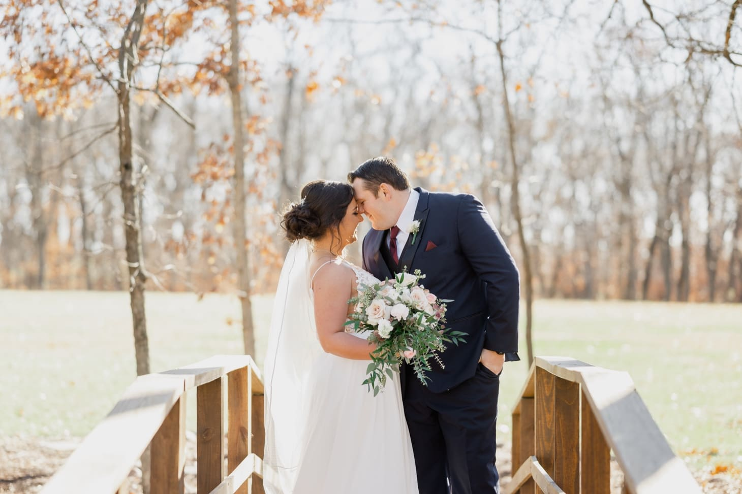 couples portraits country lane lodge