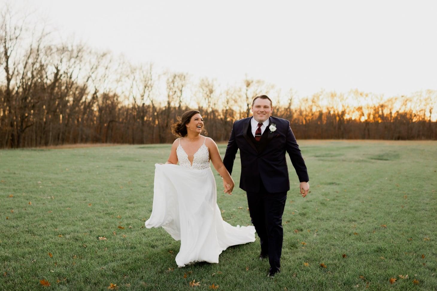 bride and groom sunset photos adel iowa