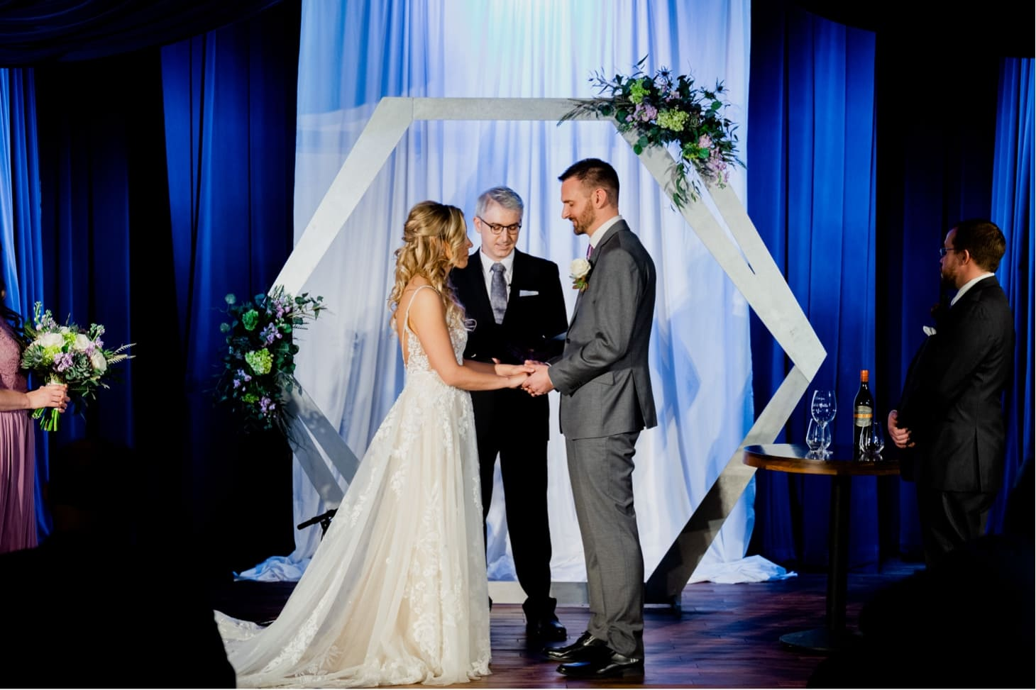 wedding ceremony at noce downtown des moines