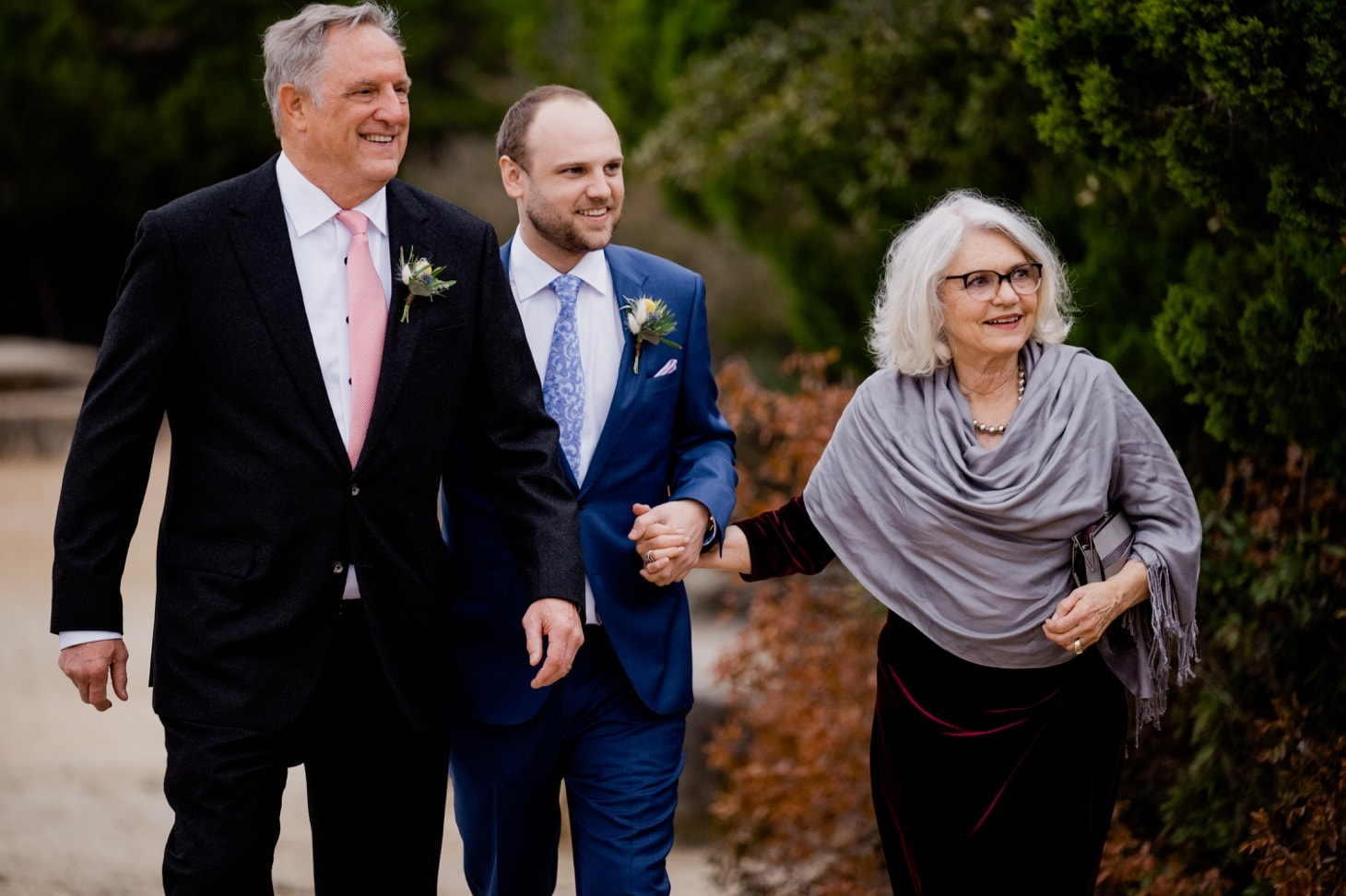 groom and parents at Mount Bonnell wedding