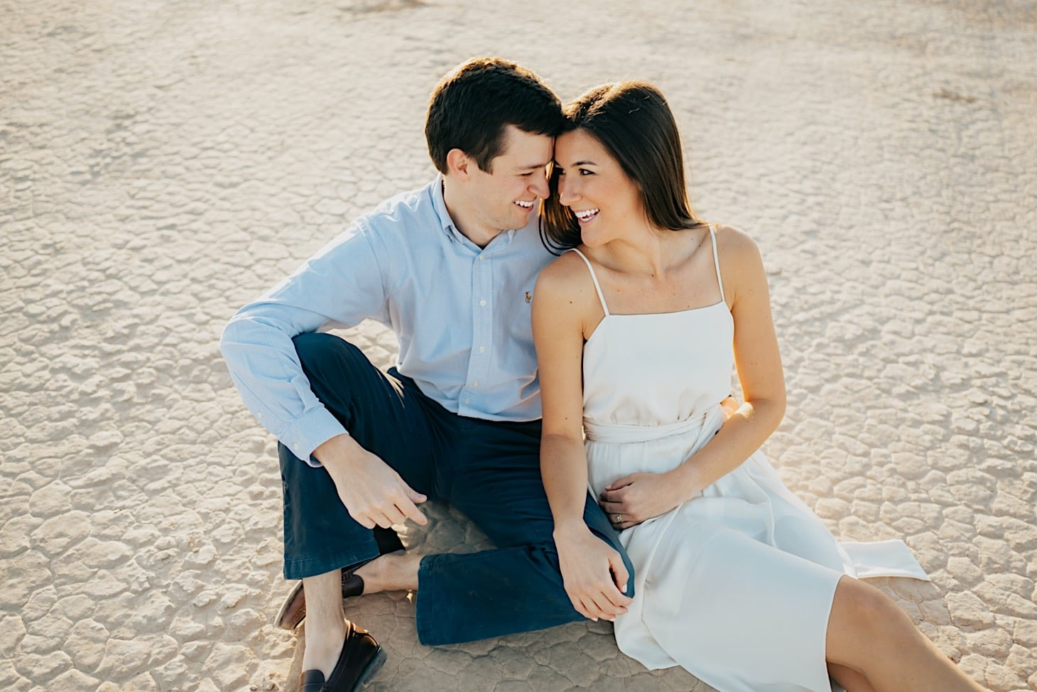 engagement photography in the desert