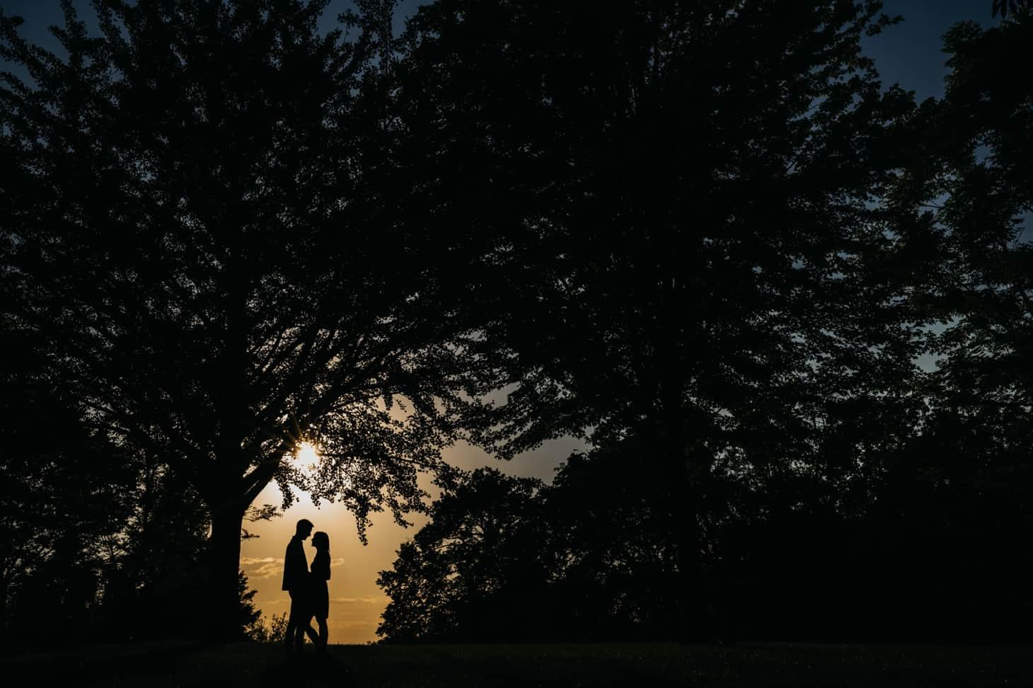 sunset engagement photos des moines
