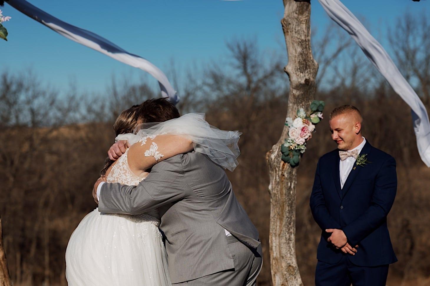 wedding ceremony photography des moines iowa