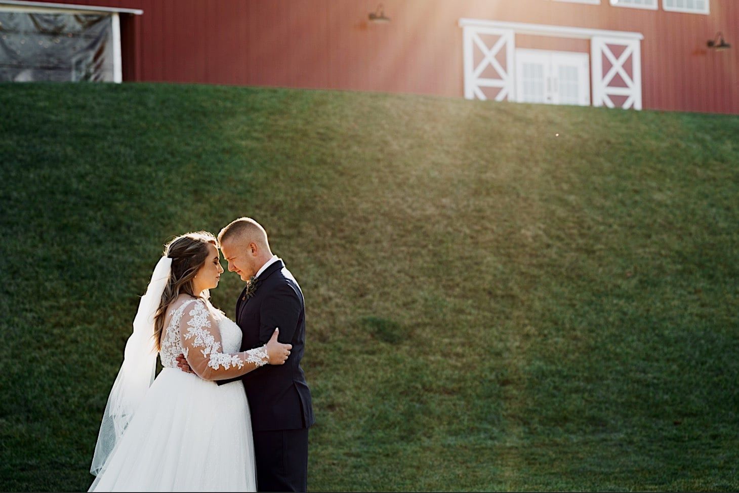 red acre barn couples portraits