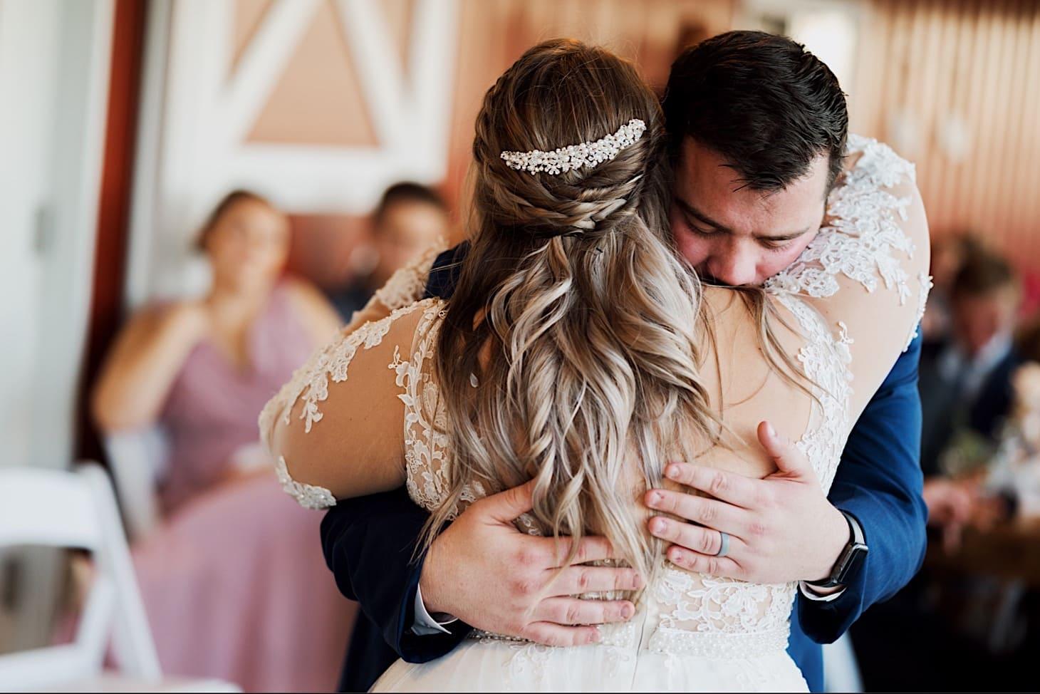 iowa wedding reception photography