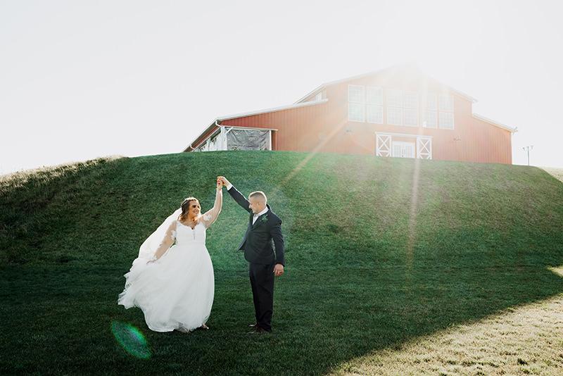 Red Acre Barn Iowa wedding
