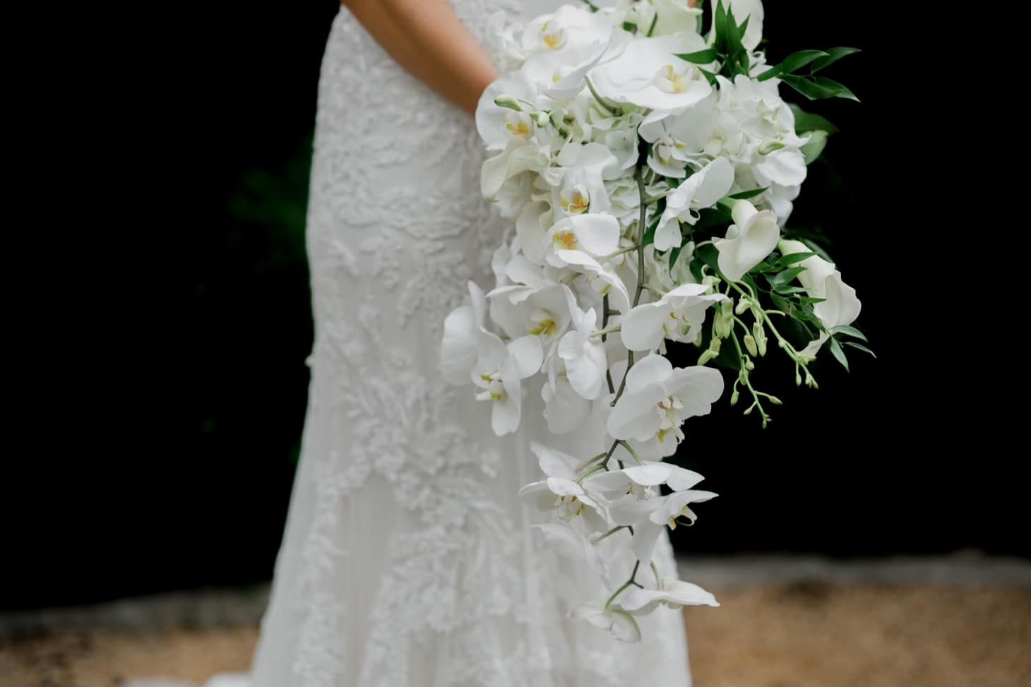 bridal bouquet at rollins mansion wedding