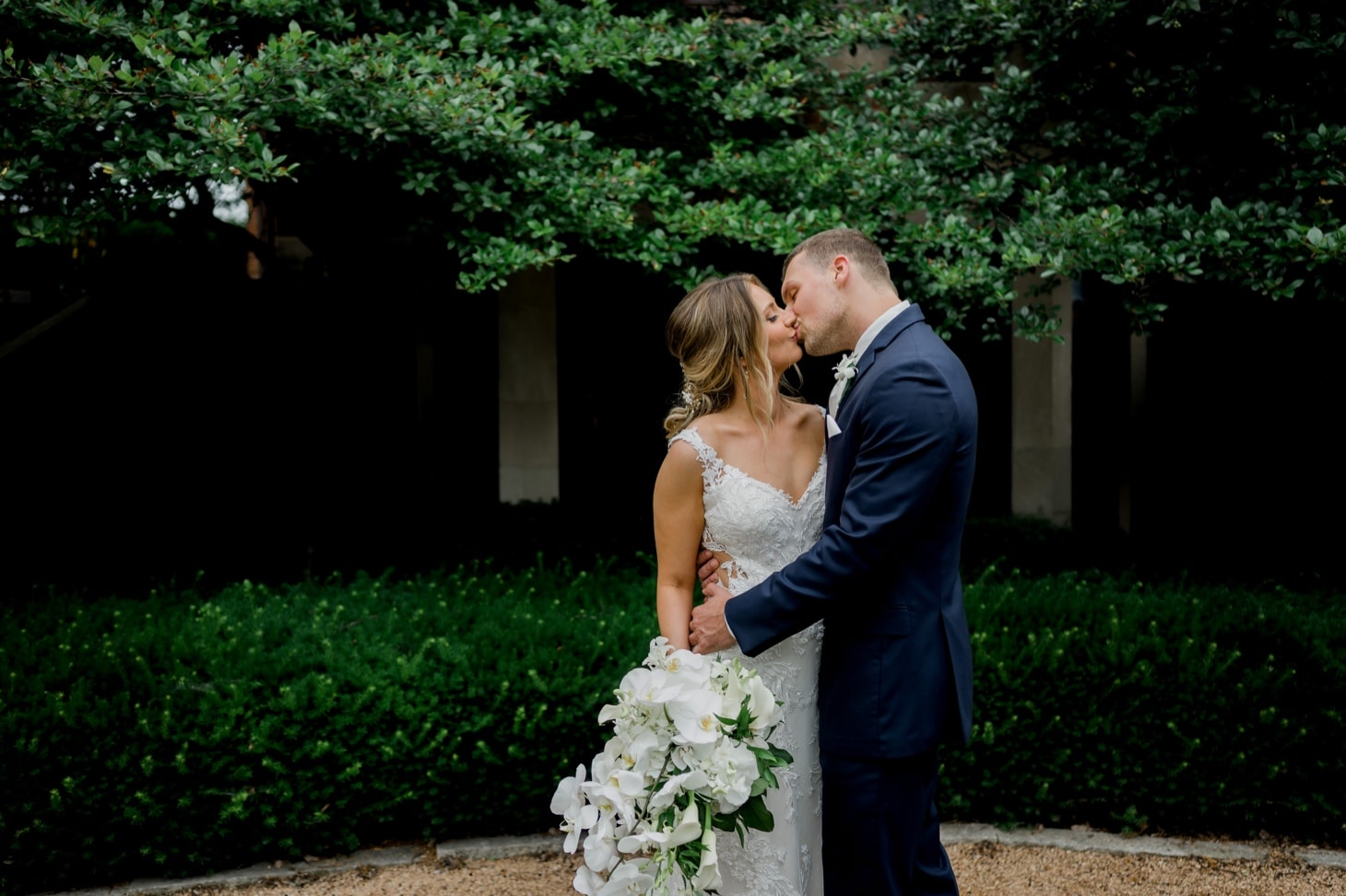 bride and groom moment at rollins mansion des moines iowa