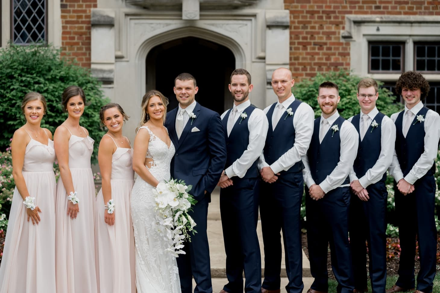 bridal party at rollins mansion des moines
